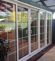 smart glaze has a range of bi fold doors